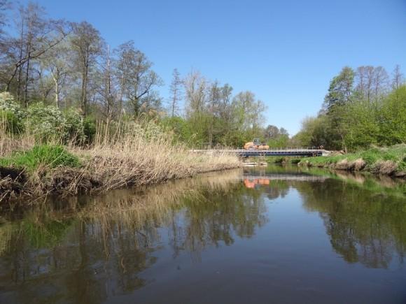 Most między Wawrzyszewem, a magazynami w Błoniu