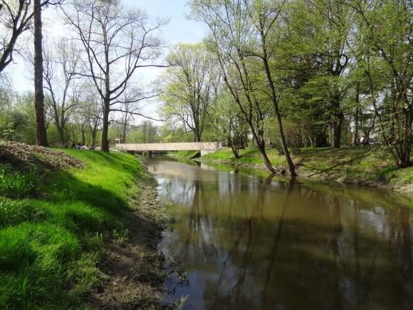 Mostek nad Utratą w Żelazowej Woli