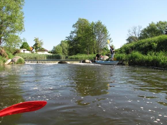 Rzeka Sona - ujęcie z wody na początek spływu