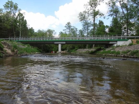Most drogowy w miejscowości Popielżyn Dolny